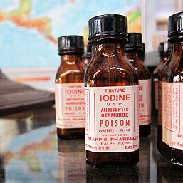 vintage_iodine_bottles