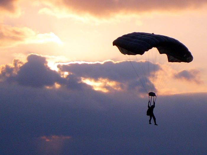 MARSOC_parachutist